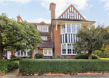 Thumbnail 3 bed flat to rent in Murray Road, Wimbledon Village