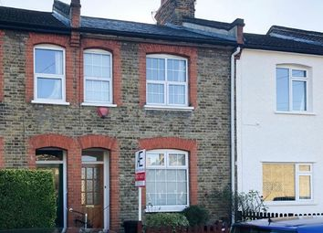 Thumbnail 2 bed property to rent in Alexander Road, Chislehurst