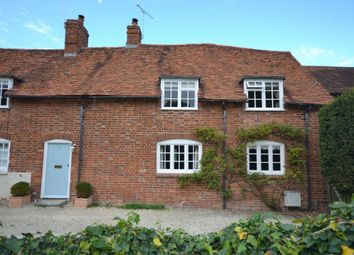 Thumbnail 3 bed cottage to rent in Church Close, East Hagbourne, Didcot