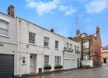 Thumbnail 3 bed mews house for sale in Devonshire Mews South, London