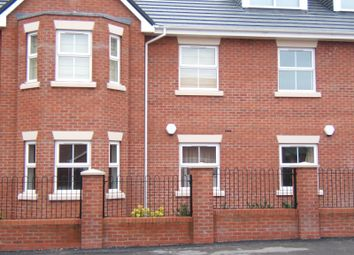 2 bed flat to rent in Flat 28, Etruria Court, Humber Road, Etruria ST1