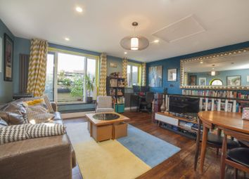 2 bed maisonette for sale in Gleneagles Close, Bermondsey SE16