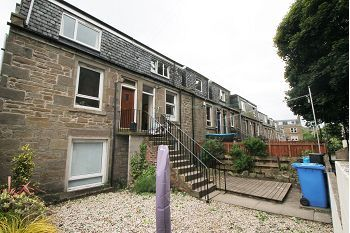 Thumbnail 2 bedroom maisonette to rent in Blyth Place, Dundee