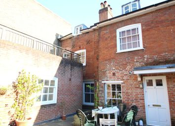 Thumbnail 2 bedroom flat to rent in St. Georges Street, Winchester