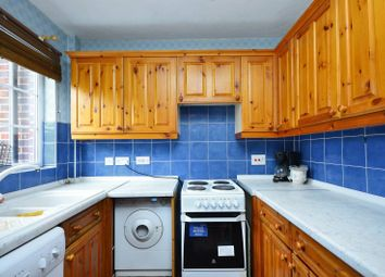 2 bed property for sale in Chaucer Drive, Southwark, London SE1