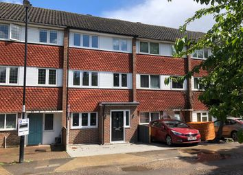 5 bed terraced house to rent in Burnt Ash Road, London SE12