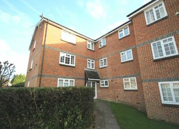 Thumbnail 1 bed flat for sale in Abbotsbury Court, Horsham