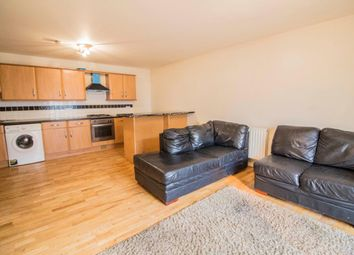 Thumbnail 2 bed flat to rent in Wellington Road, London