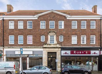 3 bed flat for sale in Hampton Court Parade, East Molesey KT8