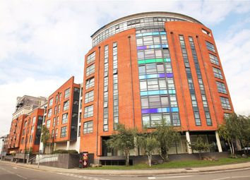 Thumbnail 2 bedroom flat for sale in Kennet Street, Reading, Berkshire