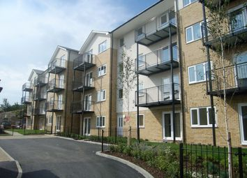 2 bed flat to rent in Cooks Way, Hitchin, Hitchin SG4