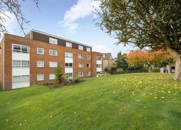 Thumbnail 2 bedroom flat to rent in Kenley Close, Barnet EN4,