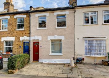 2 bed terraced house to rent in Watts Lane, Teddington TW11