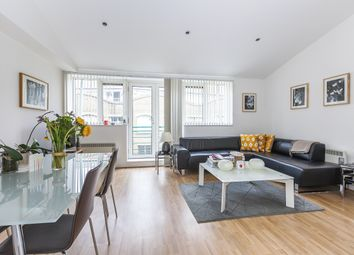 Thumbnail 2 bed flat to rent in Queen Elizabeth Street, London