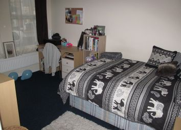 Thumbnail 4 bed terraced house to rent in Pitcroft Avenue, Reading