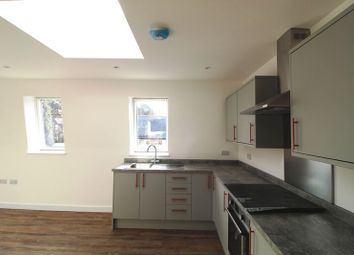 Thumbnail 1 bed flat to rent in Alexandra Road, Hemel Hempstead
