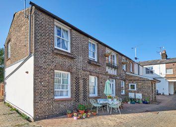 2 bed flat for sale in Lindsay Court, Verulam Road, St. Albans, Hertfordshire AL3