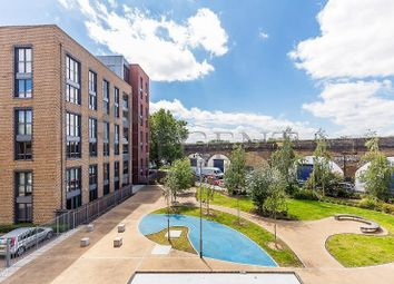 Thumbnail 2 bed flat to rent in Chamberlain Court, Silwood Street