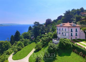 Thumbnail 7 bed villa for sale in Arona, Novara, Piemonte