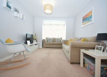 Thumbnail 2 bed flat to rent in Cavendish Crescent, Newquay