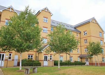 Thumbnail 3 bed flat for sale in Cromwell Road, Cambridge