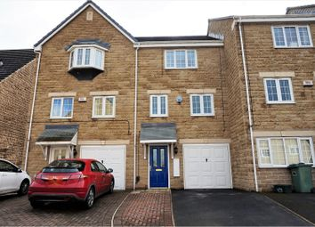 Thumbnail 3 bedroom town house for sale in Wood View, Huddersfield