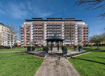 Thumbnail 1 bed flat for sale in Golding House, Beaufort Square, London