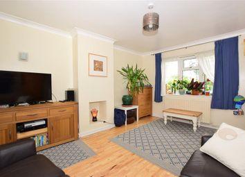 Bensted Close, Hunton, Maidstone, Kent ME15. 3 bed semi-detached house