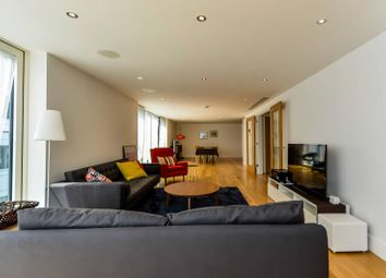 Thumbnail 4 bed flat to rent in Kings Lodge, Greenwich