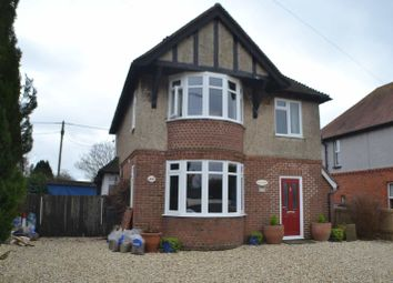 3 bed detached house for sale in Benham Hill, Thatcham RG18