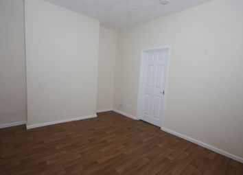 Thumbnail 2 bed property to rent in Wilton Avenue, Holland Street