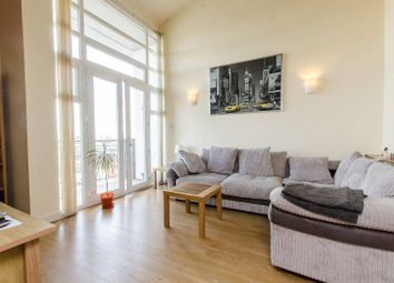 Felixstowe Court, Gallions Reach, London E16. 3 bed flat