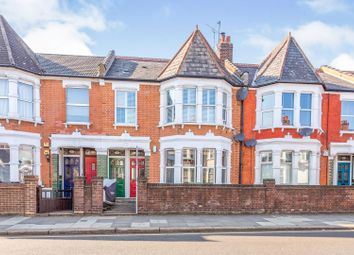 Westbury Avenue, London N22. 2 bed flat