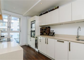 Thumbnail 2 bed flat to rent in 7 Queensland Road, London