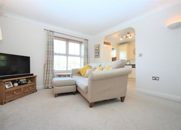 2 bed flat for sale in Stephenson Close, Thatcham RG18
