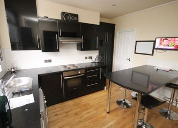 Thumbnail 6 bedroom terraced house to rent in Graham Grove, Burley, Leeds