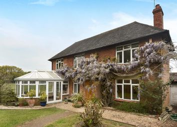 Thumbnail 3 bed cottage for sale in Bucklebury, Reading