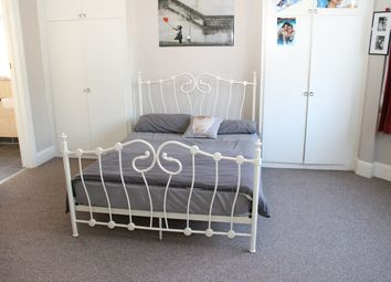 Thumbnail 1 bed flat to rent in Chase Side, Southgate