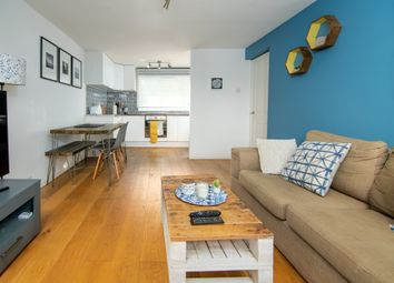 Thumbnail 1 bed flat to rent in Plough Road, Battersea, London