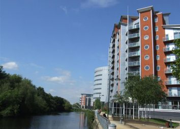 Thumbnail 2 bedroom flat for sale in Whitehall Quay, Leeds