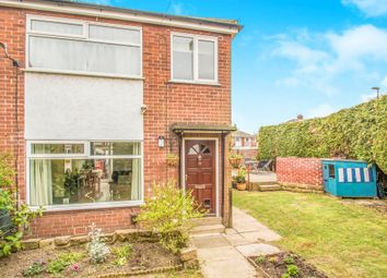 Thumbnail 3 bed town house for sale in Springfield Avenue, Morley, Leeds