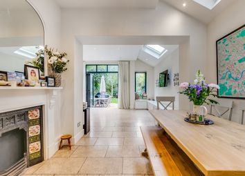 Thumbnail 5 bed terraced house to rent in Englewood Road, London