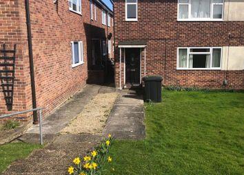 Thumbnail 2 bed flat to rent in Newbury, Berkshire