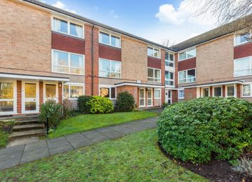 Thumbnail 2 bedroom maisonette to rent in Fernley Court, Maidenhead