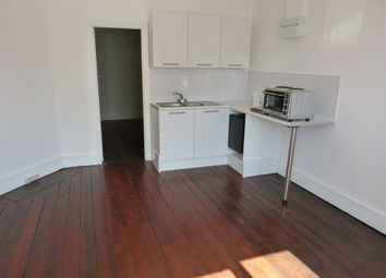Thumbnail 1 bed property to rent in Brentmead Place, Golders Green, London