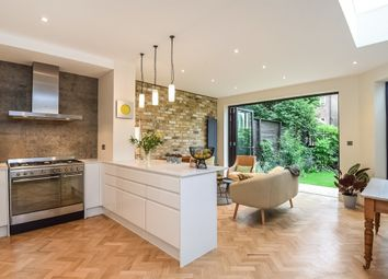 Thumbnail 3 bed flat for sale in Muswell Hill Place, London