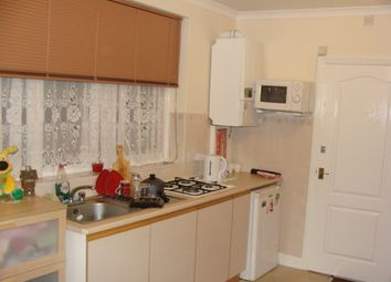 Thumbnail Studio to rent in Council Tax And All Bills Included, Lampton Road /Hounslow
