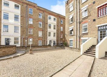 1 bed flat to rent in Old Castle Street, London E1