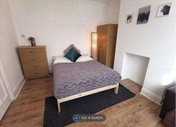 1 bed flat to rent in Downhills Way, London N17
