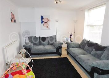 Thumbnail 2 bedroom property to rent in Sherbourne Crescent, Carshalton
